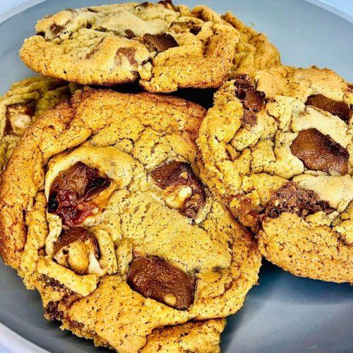 Loaded Gooey Snickers Cookies