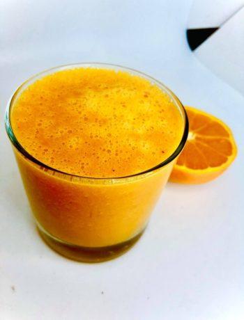 Immune Boosting Orange & Turmeric Smoothie