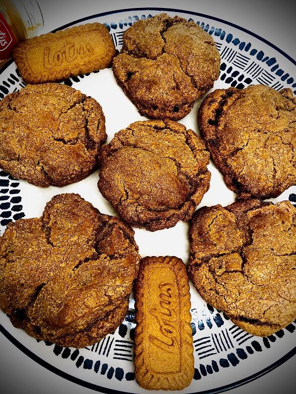 4-Ingredients Fudge Biscoff Cookies