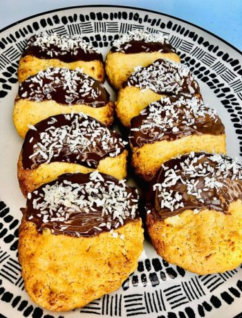 Easy Chocolate Coconut Cookies