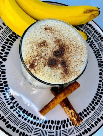 4-Ingredients Easy Banana Smoothie Recipe