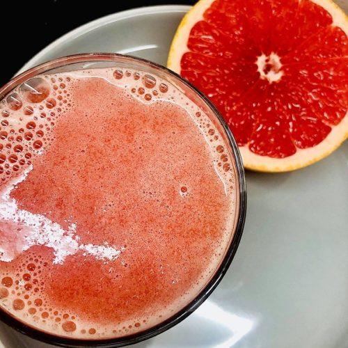 2-Ingredient Refreshing Grapefruit Smoothie