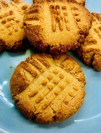3-Ingredient Almond Flour Peanut Butter Cookies