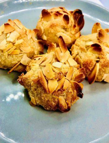 Easy Vegan Amaretti Cookies