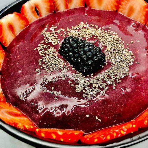 Easy Healthy Blackberry Smoothie Bowl