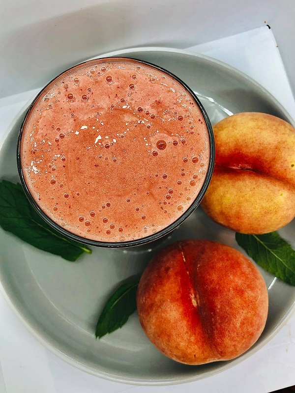 Easy Peach And Raspberry Smoothie