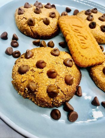 3-Ingredients Biscoff Chocolate Chip Cookies